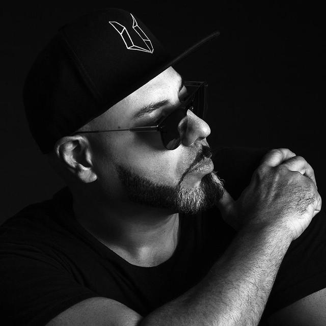 Roger Sanchez's profile image
