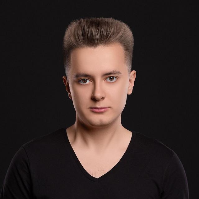 Alex Mueller