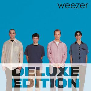 Weezer (Deluxe Edition)