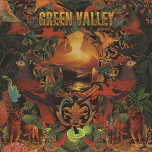 Bajo la Piel - Green Valley