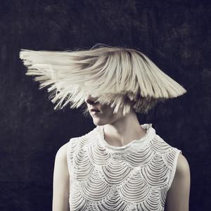 AURORA – Under Stars (Studio Acapella)