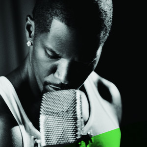 Extravaganza (feat. Kanye West) [Radio Edit]