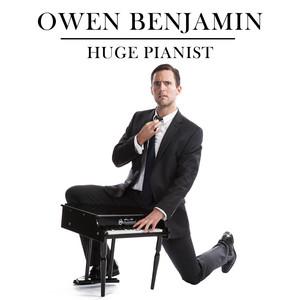 Huge Pianist