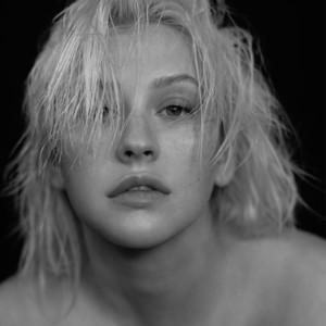 Christina Aguilera – Fall In Line (Acapella)