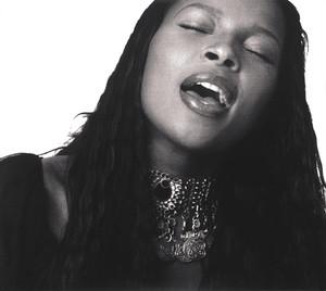Mary J Blige – Deep Inside (Studio Acapella)