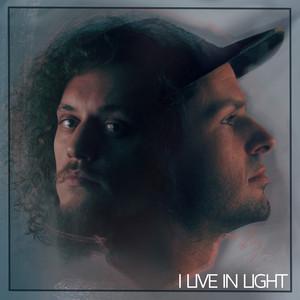 I Live in Light
