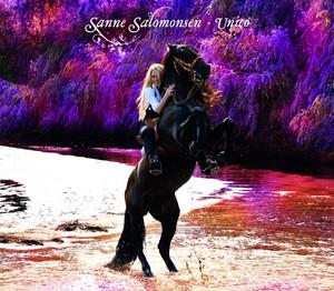 Over Stregen by Sanne Salomonsen