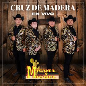 Cruz De Madera (En Vivo)