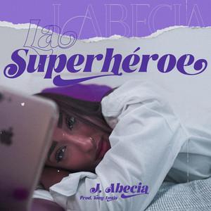 La Superheroe