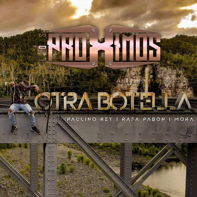 Otra Botella (feat. Mora)