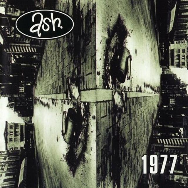 Ash  1977 :Replay