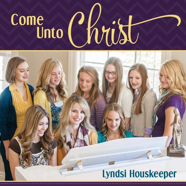 Lyndsi Houskeeper