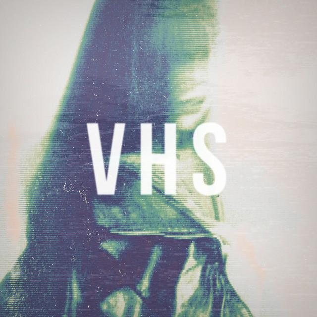 V H S