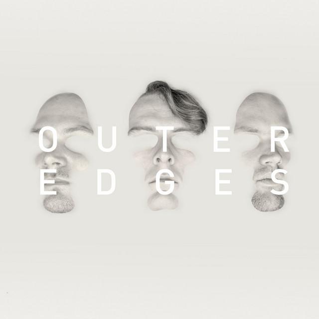Noisia – Outer Edges