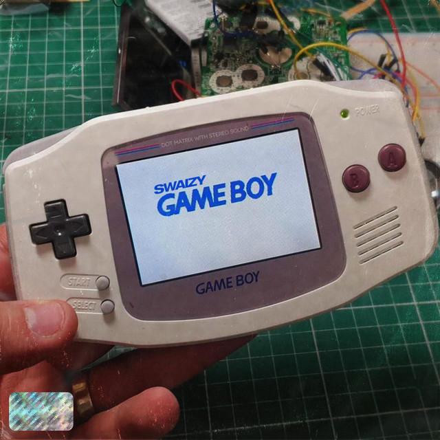 Swaizy - GAME BOY