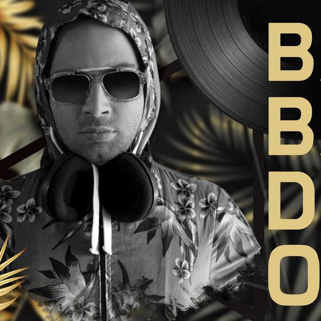 Baba Bak DJ Oldum