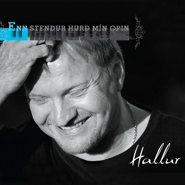 Enn Stendur Hurð Mín Opin 2011