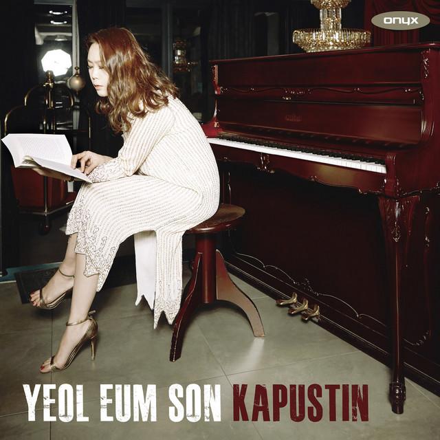 Kapustin: Eight Concert Etudes, Piano Sonata No. 2, Sonatina, Variations & Moon Rainbow