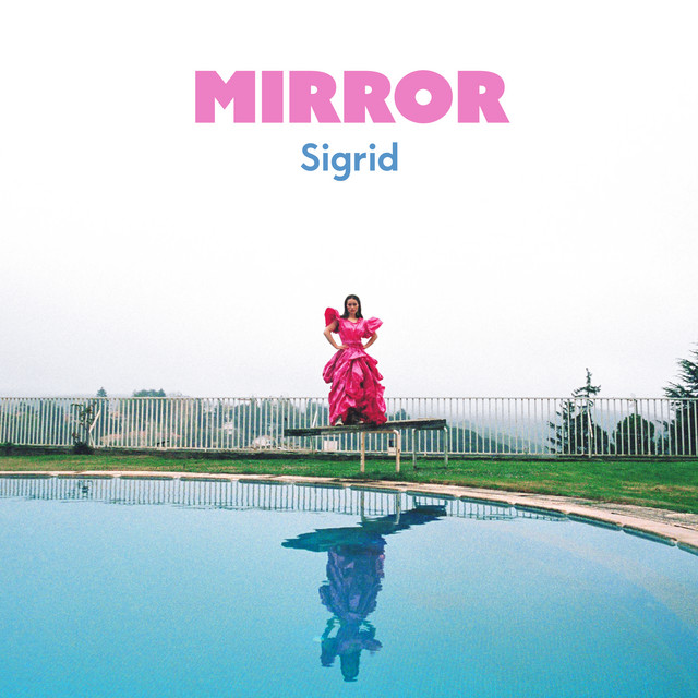 Sigrid Mirror