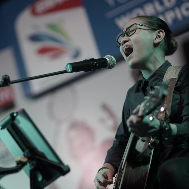 Benci Untuk Mencinta Live Cover Version By Nufi Wardhana