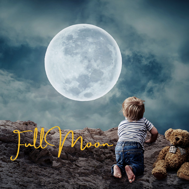 Full Moon by Kath Bee