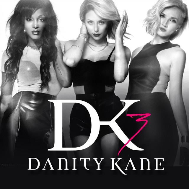 Jest świt od Danity Kane, wciąż umawiający się q od 26 dnia
