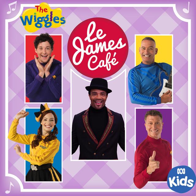 Le James Café