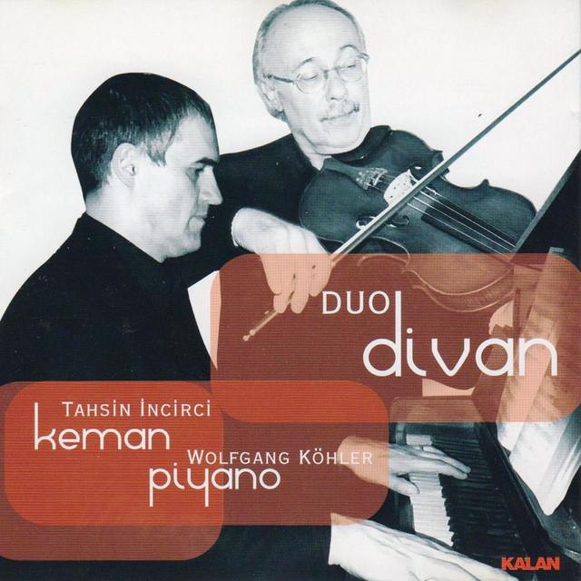 Duo Divan