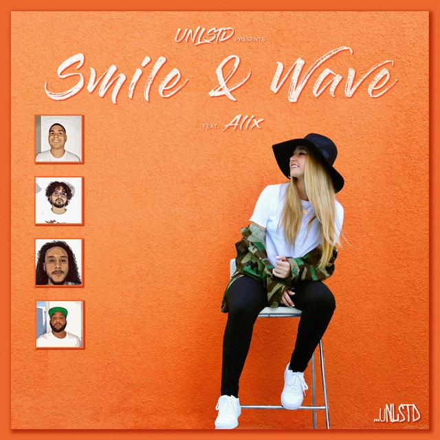 Smile & Wave