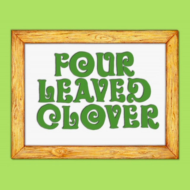 Four Leaved Clover by Gustafer Yellowgold