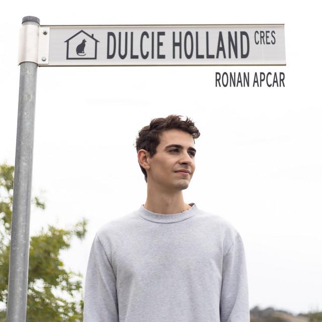 Dulcie Holland Crescent