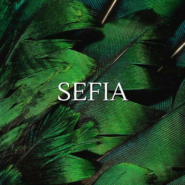 Sefia (THE READER TRILOGY)