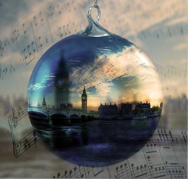 Moonlight on the Thames - dark romance