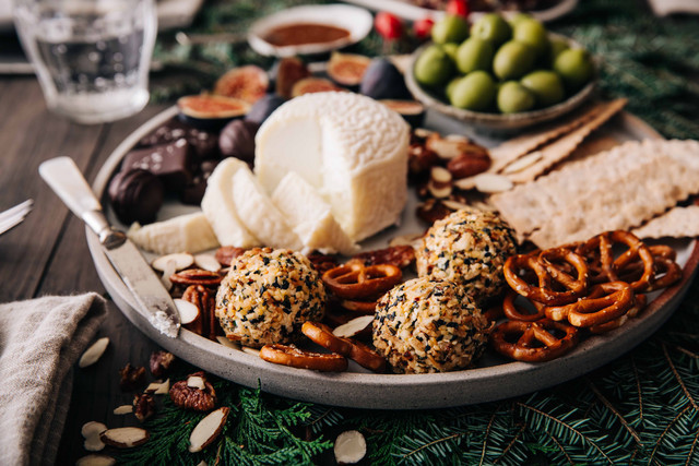 Vermont Creamery Holiday Cheese and Cheer on Spotify