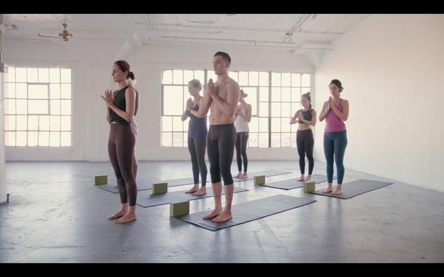IDM TV Gentle Yoga 60min