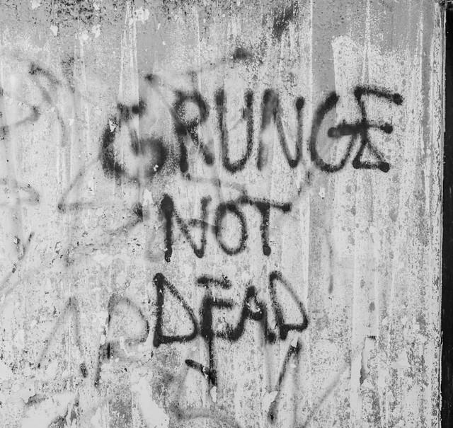 Grunge Revolution
