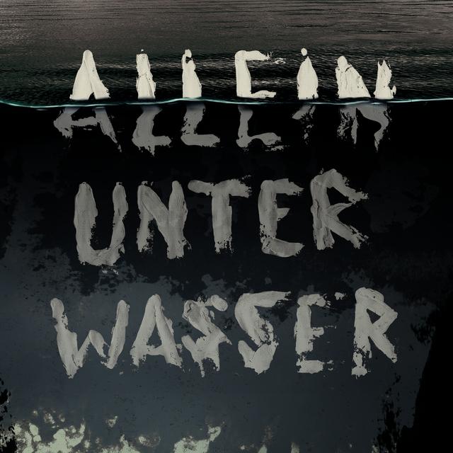 Allein unter Wasser