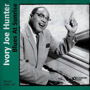 Blues At Sunrise (Singles 1945 - 1947) album