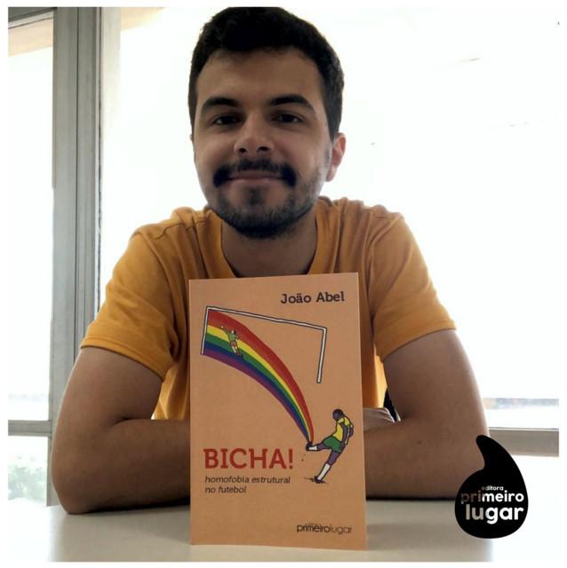 João Abel comenta sobre homofobia nos campos