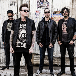 Papa Roach Between Angels and Insects [Live Radio 1 Evening Session] cover