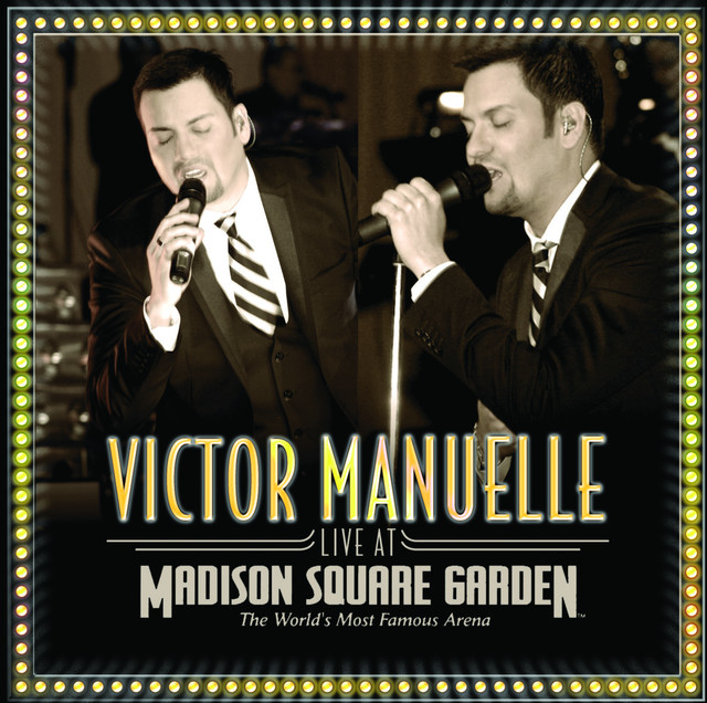 Víctor Manuelle Live At Madison Square Garden album cover