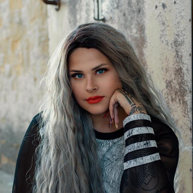 Saara single ur cool