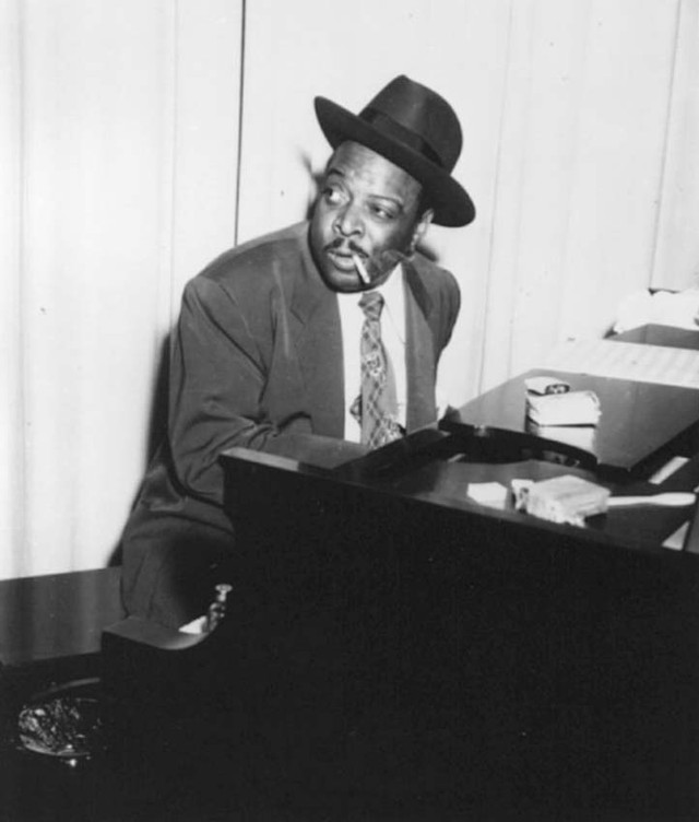 Count Basie Alone cover