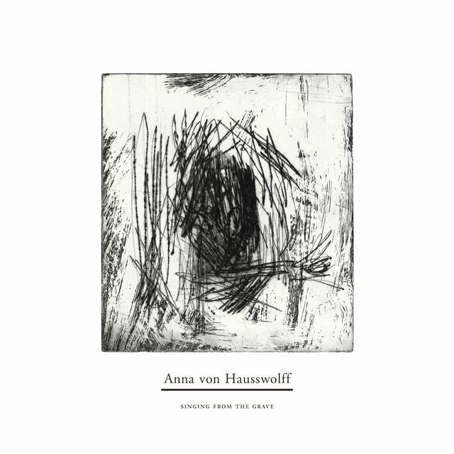 Skivomslag för Anna von Hausswolff: Singing From The Grave