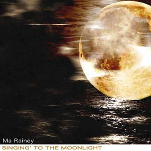 Singing' to the Moonlight album