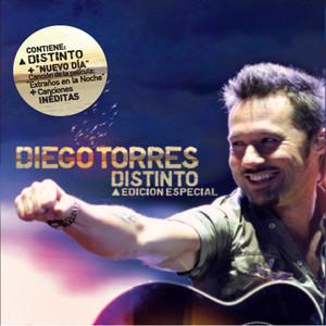 Distinto - Edición Especial (Versión España) album