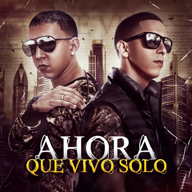 Ahora Que Vivo Solo (feat. Jenay)