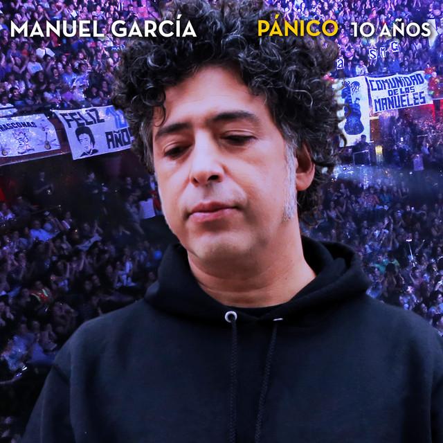 Album cover for Pánico 10 Años (En Vivo) by Manuel Garcia