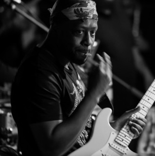 Wyclef Jean  Mavado Hold On (Crossroads) cover