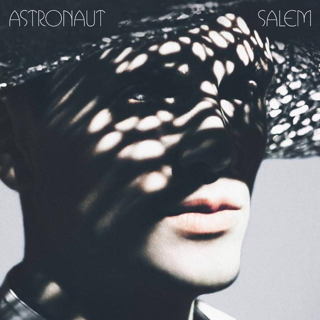 Skivomslag för Salem Al Fakir: Astronaut